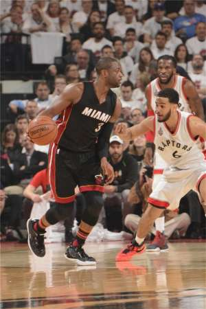 NBA季后赛球鞋上脚精选5.6热门新闻